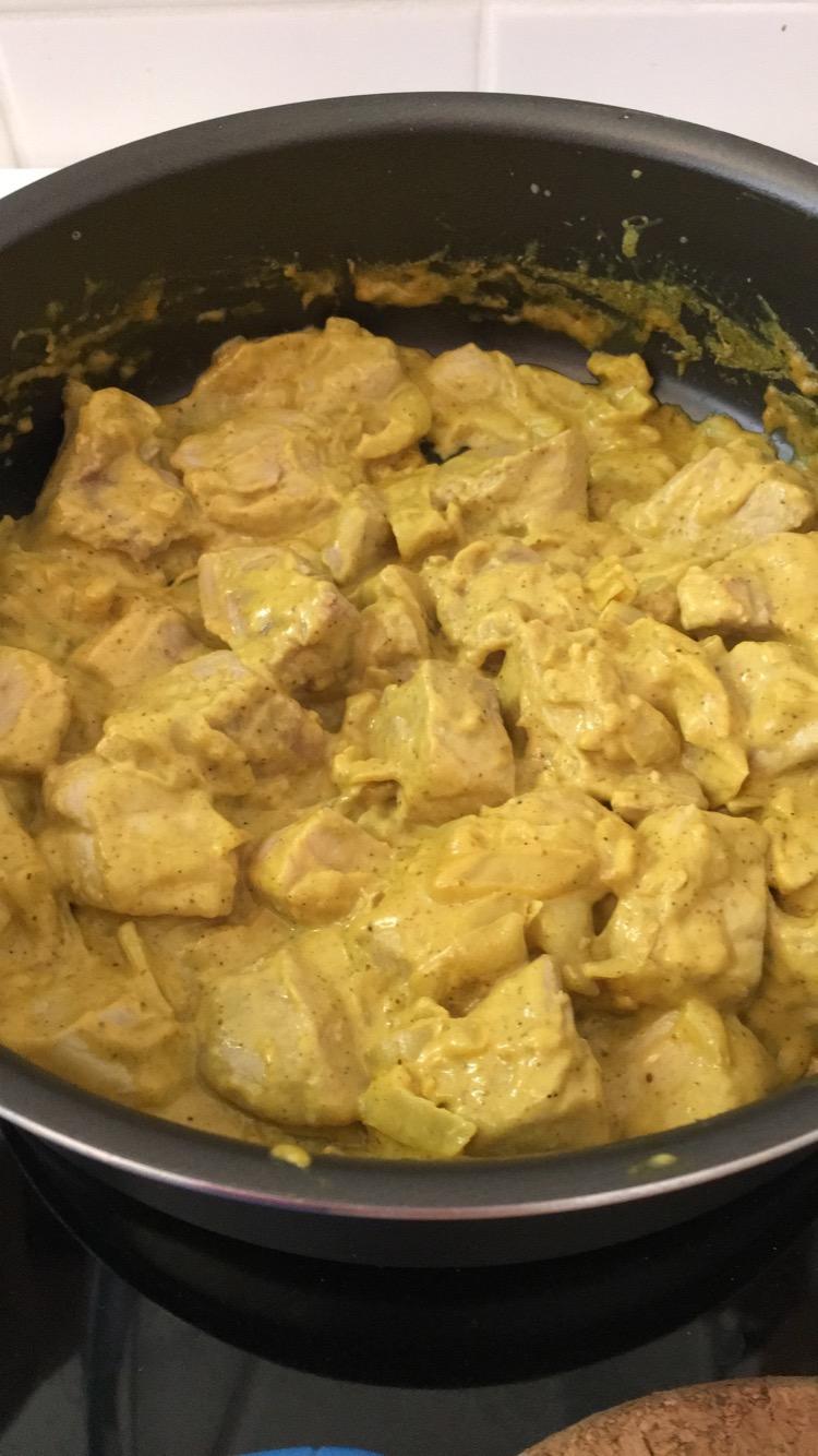 Varkensvlees met curry saus